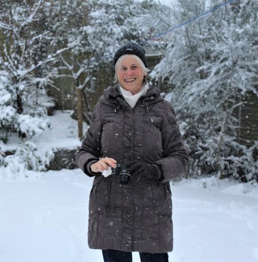 helen in snow (2).JPG